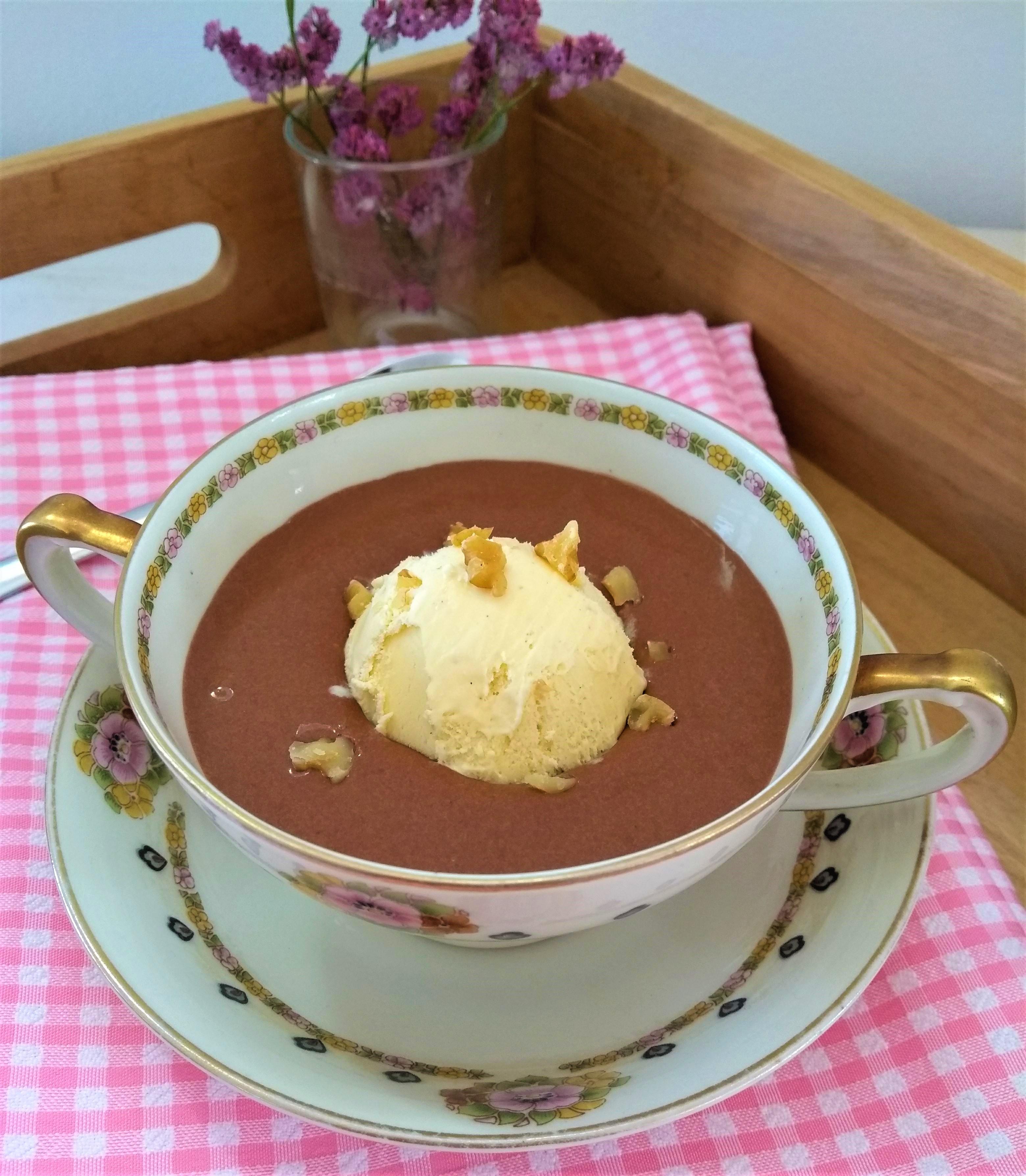 Chocoladesoep, het lekkerste chocoladedessert ooit!
